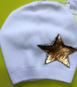 Шапка белая со звездой