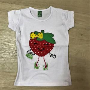 Детская футболка с ягодой