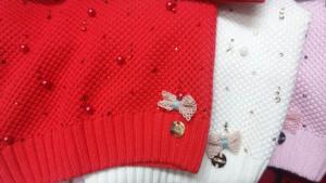 Шапки красные для девочек