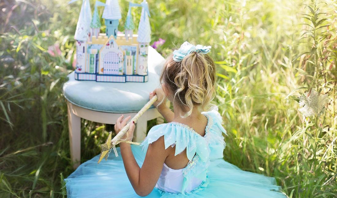 Костюм принцессы в голубом