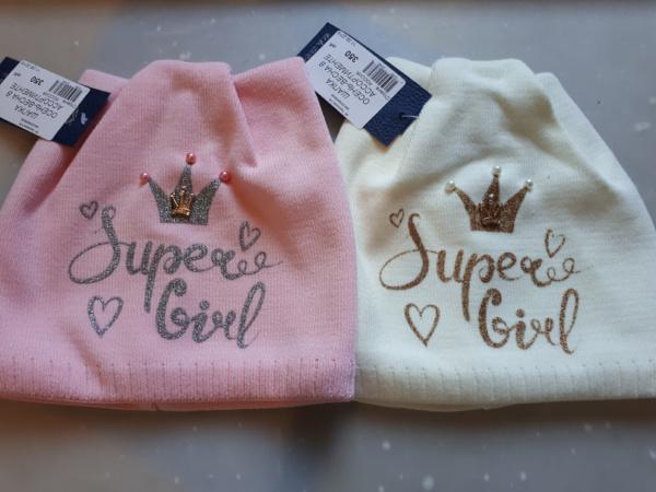 Двойная вязка шапки для девочек