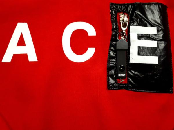 Толстовка красная Ace близко