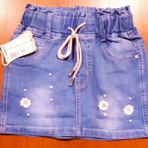Юбка джинсовая с розовыми цветочками
