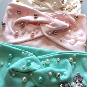 Повязка для девочек с бусинами разных цветов